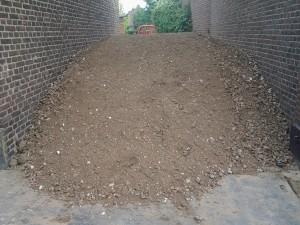 afvoeren-grond-en-zand-leveren-Tom-vd-Heuvel-te-Venlo
