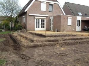 Graafwerk Terras met Hoogteverschil Tom van den Heuvel - 0