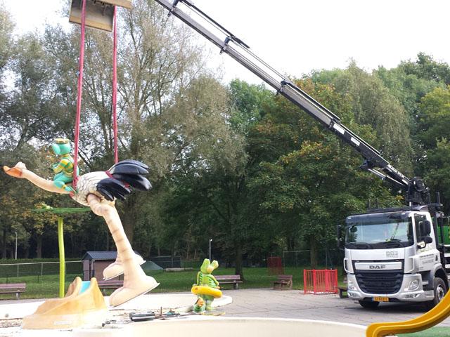 Vrachtwagen met Kraan Tom van den Heuvel te Venlo - 2