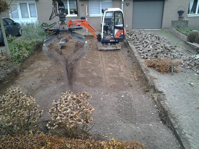 Uitbreiden Parkeerplaats Tom van den Heuvel te Venlo